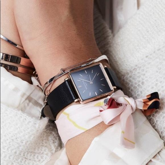 nouveau style caa72 fbff0 🌹🌷 Rosefield wrist scarf 🌷🌹